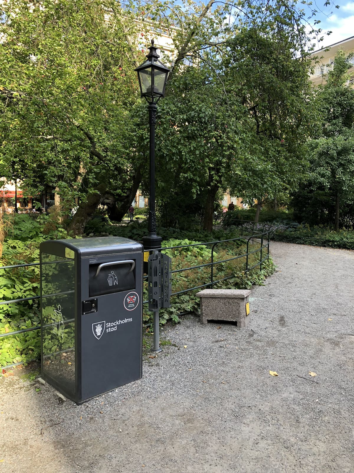 Solar-drevne trash kurv i Stockholm Bigbelly